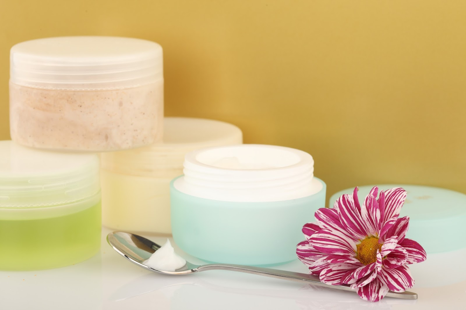 Whitening cream la crema que blanquea el precio